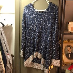 Rag and Bone Blue and White Boucle Knit Sweater
